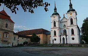 Artyści żądają zwrotu majątków kościelnych