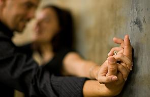 Miłość rozważna czy romantyczna?