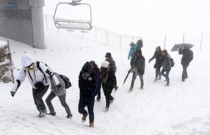 W Tatrach spadł śnieg; zagrożenie lawinowe