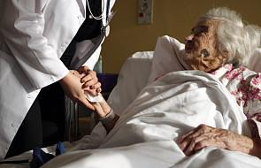 Opieka geriatryczna w Polsce to łamanie praw