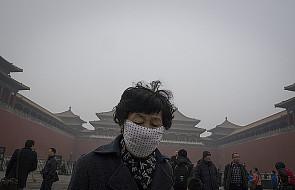 Chiny: Pekin znowu spowija smog