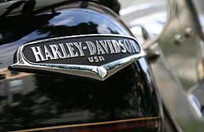 Papieski Harley zasilili bezdomnych