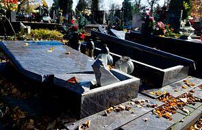 Łódź: ponad 350 zniszczonych nagrobków
