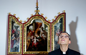 Biograf Benedykta XVI krytykuje Kościół