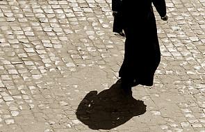 MEN liczy przypadki pedofilii wśród księży