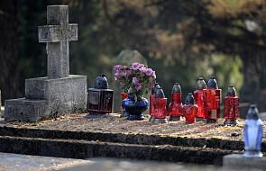 Co robić z odpadami na cmentarzach - poradnik