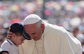 Papież sfinansował zakup leków dla 4 tys. dzieci