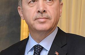 Turcja: Premier wymienia 10 ministrów