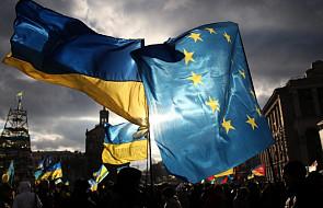 Protest na leżąco przed prokuraturą w Kijowie