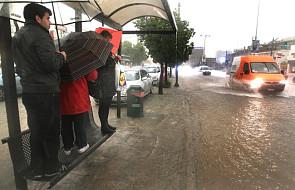 Ulewne deszcze zdezorganizowały Ateny