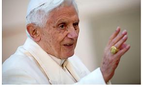 Benedykt XVI i słowa-klucze