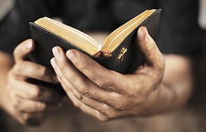 Eksperymentowanie z Biblią