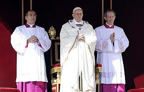 Papież pozdrowił BXVI i złożył mu życzenia