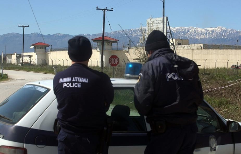 Grecja: zbrojny atak na więzienie, 11 zbiegów