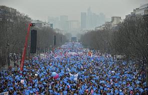 Paryż: Małżeństwom homoseksualnym: NIE