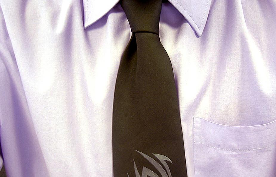Dlaczego jezuici chodzą w garniturze i krawacie?