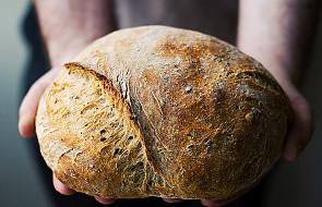 Miłość o postaci chleba - J 6, 44-51