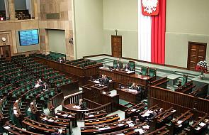 Mandat dla parlamentarzysty, sądy i Nowak