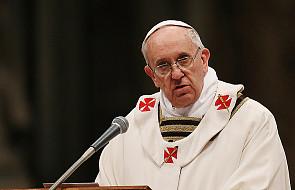 Franciszek wzywa do modlitwy za Kościół