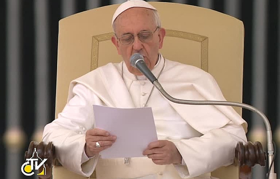 Papież przypomina o godności ludzkiej pracy