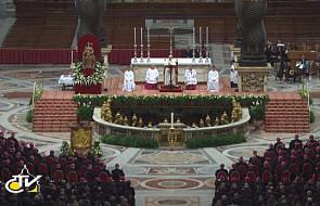 Papież przy wyznaniu wiary biskupów włoskich