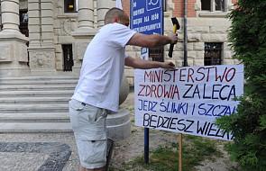 Miasteczko namiotowe i protest w Szczecinie