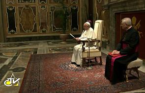 Papież: Na  Francję skierowane są oczy świata