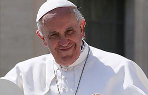 Papież do Polaków: módlcie się za kapłanów