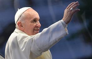 Papież Franciszek: krzyż Chrystusa wzywa nas do miłości braci i sióstr