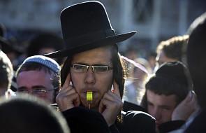 Modlitwa zagłuszona gwizdaniem ortodoksów