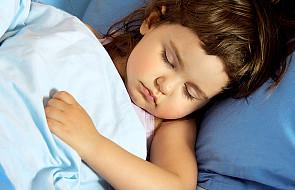 Regularna pora snu dziecka. Dlaczego jest tak ważna?