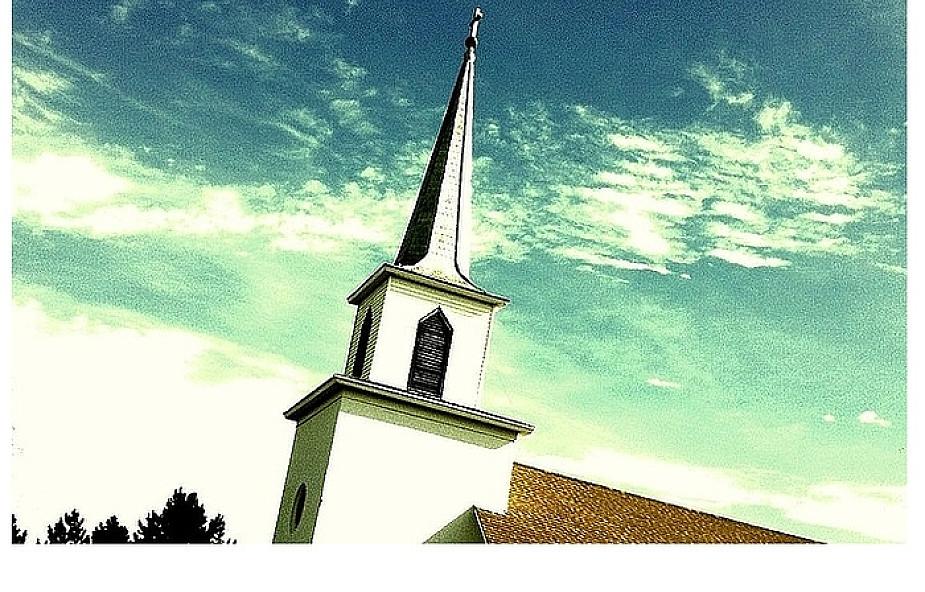 Parafia, proboszcz i biurokracja