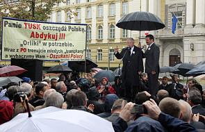 PiS demonstrowało przed kancelarią premiera