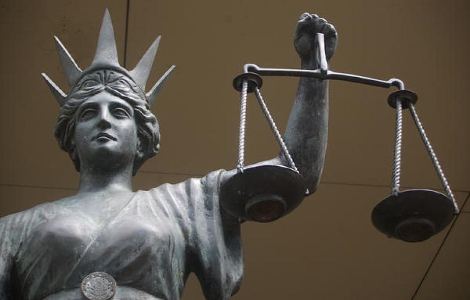 Waga sprawiedliwości w życiu społecznym