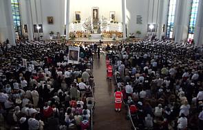 """""""Ad limina"""" - świeccy w życiu Kościoła"""
