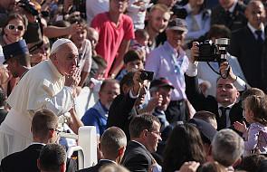 Fascynacja papieżem - szansa dla Kościoła