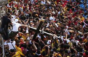 Filipiny: procesja Czarnego Chrystusa w stolicy