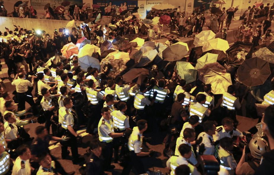 Hongkong: policja starła się z demonstrantami