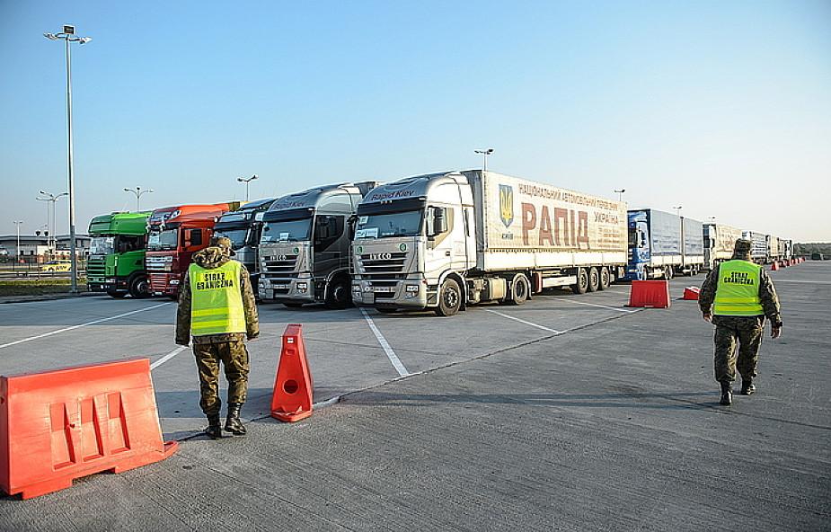 Niemieckie ciężarówki z pomocą jadą na Ukrainę