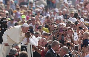 Papież Franciszek: biskupi ważnym znakiem jedności Kościoła