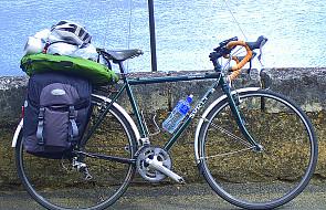 Ks. Dariusz, rower i Syberia