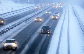Część Europy pod śniegiem, chaos na drogach