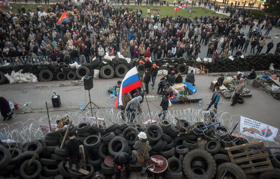 Separatyści w Doniecku wzmacniają barykady