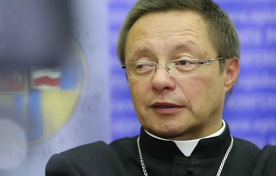 Bp Ryś: liturgia Paschy to nie teatr