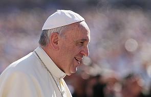 Papież: wspólnota małżeńska odblaskiem jedności Trójcy Świętej
