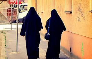 Watykan ponownie upomina zakonnice