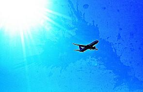 Polecisz samolotem, który pilotuje 66-latek?
