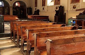 Więcej do Komunii św., mniej do kościoła