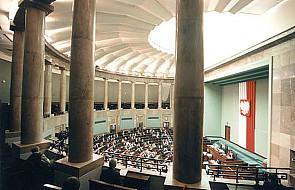 Projekty zmian w regulaminie Sejmu - do komisji