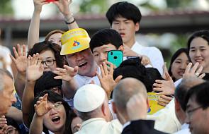Papież do młodych: Chrystus wzywa was do...